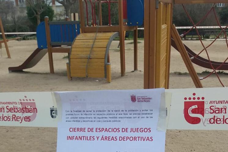 Parques infantiles cerrados en San Sebastián de los Reyes